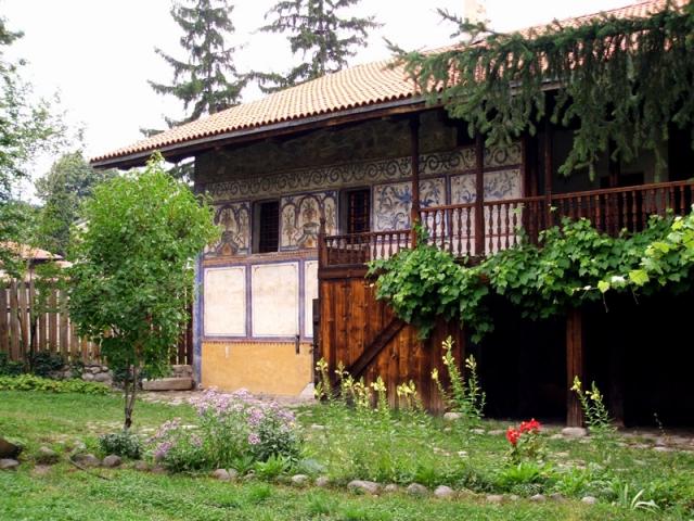 Банска укрепена къща