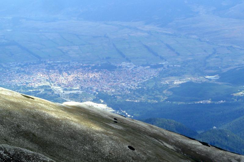 Банско, снимано от планината